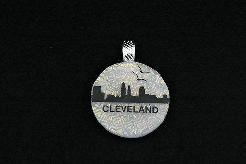 O043 Cleveland Skyline w/birds Pendant