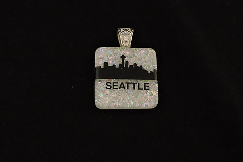 L025 Seattle Skyline Pendant