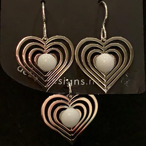 S011 White Heart Earrings & Pendant