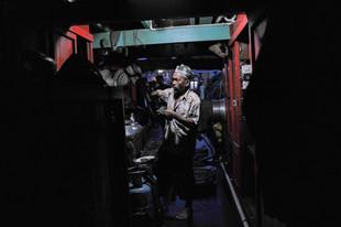 12-032-006 Ikan bilis boat (web res).jpg