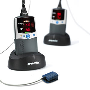 PalmSAT® Handheld Pulse Oximeter with Alarm and Standard Acccessories