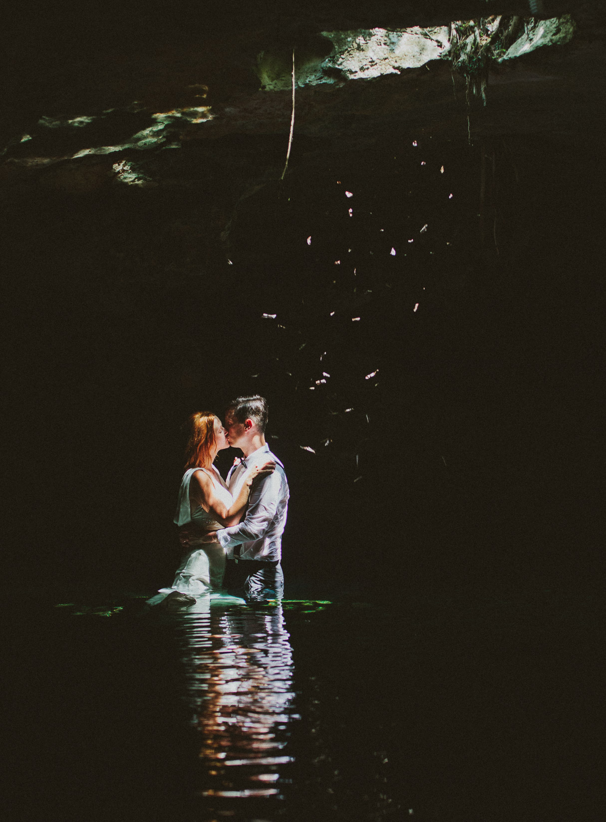 Cenote Azul trash the dress Iheart Studio