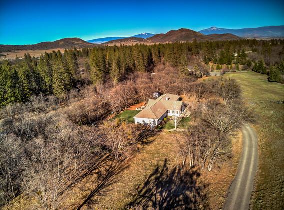 3147 Deer Mead Rd ext_002.jpg