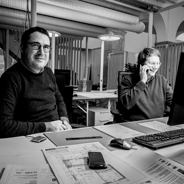 Bart DE JONGHE at left  architect works at 3ARCHITECTEN Roeselare