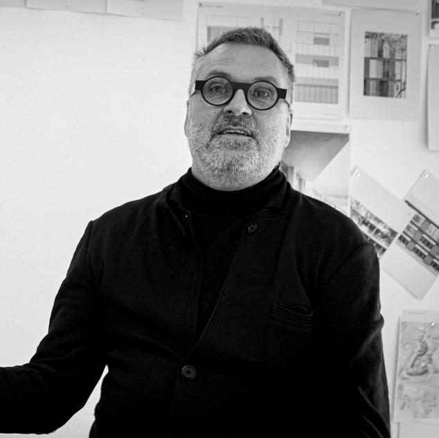 Leo VAN BROECK prof.engineer architect  BOGDAN & VAN BROECK  Brussel founding partner