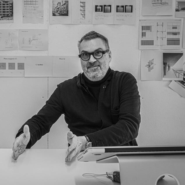 Leo VAN BROECK  prof. ingenieur-architect  BOGDAN & VAN BROECK Brussel founding partner