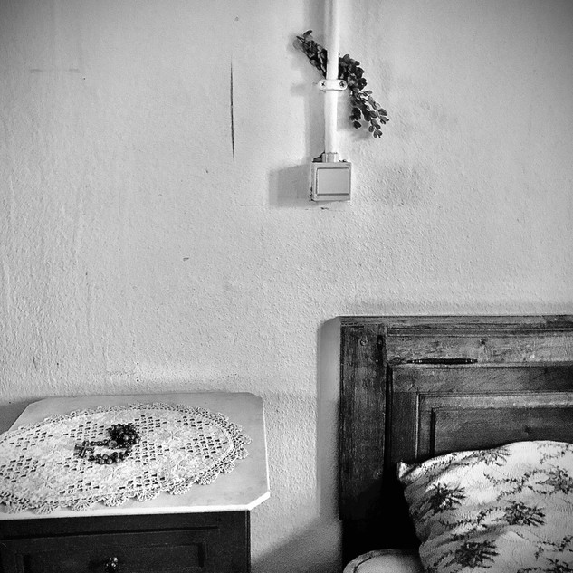 In this former pastors' home, de sleeping room of the pastor was left like this.  I didn't expect anything else.