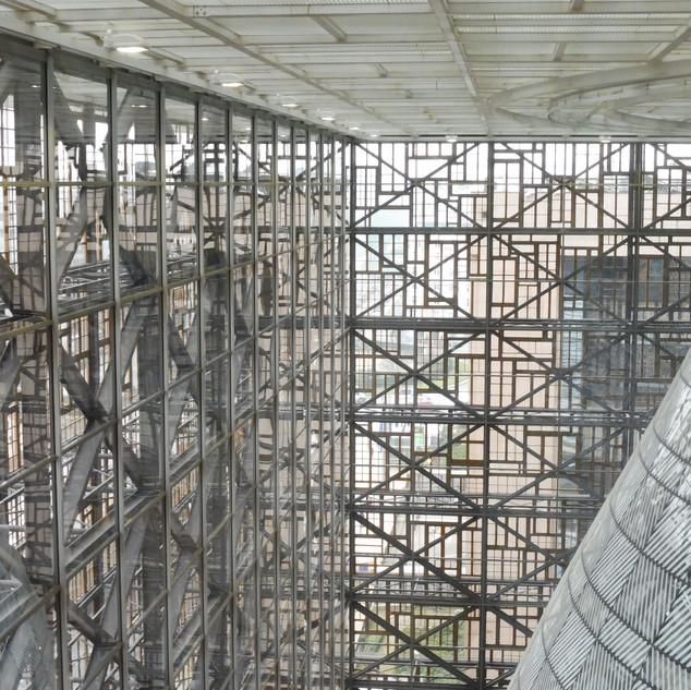 Brussel. Europabuilding. Architect Philippe Samyn.