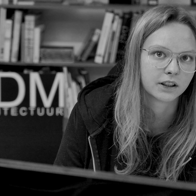 Sara VANLEENHOVE  student architecture works at DDM ARCHITECTUUR Kortrijk
