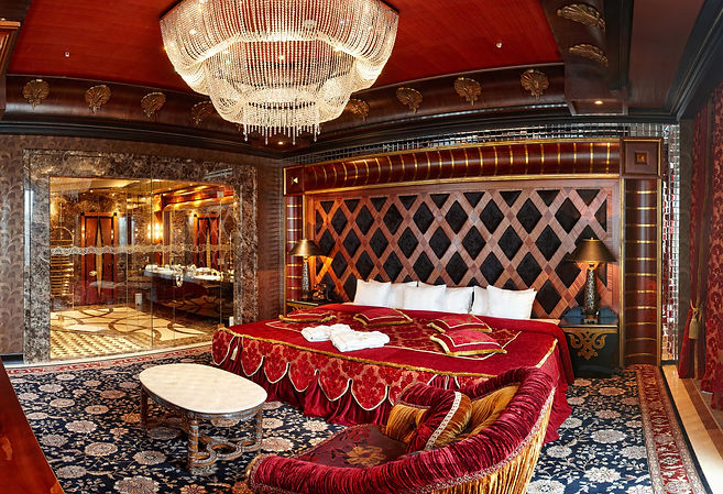 Royal Casino Dubai Suite.jpg