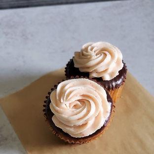 ChocolateCoveredStrawberryCupcakes.jpg