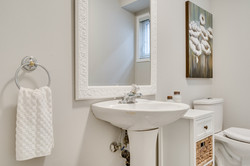 3593 Colonial Dr-43