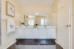Upper Birch bathroom1