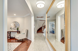 2 3593 Colonial Dr-08