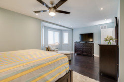 3111 Dover Cres-64