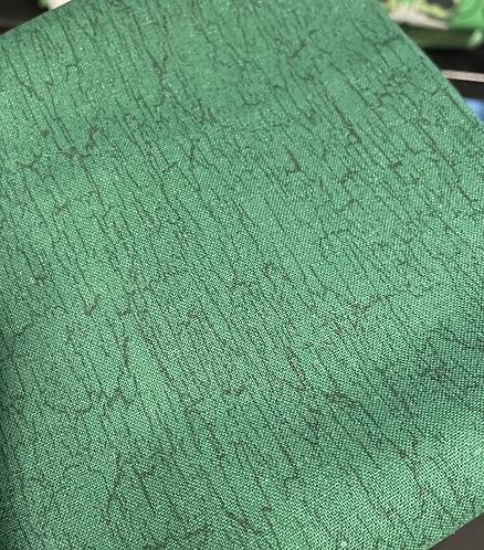 Green Ivy Collar
