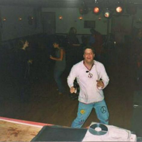 dancing (2).jpg