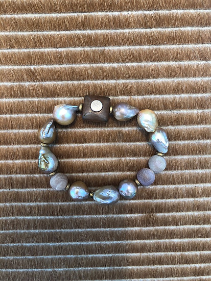 champagne baroque pearl bracelet + druzy agate