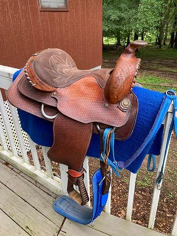 lace cantle saddle.jpg