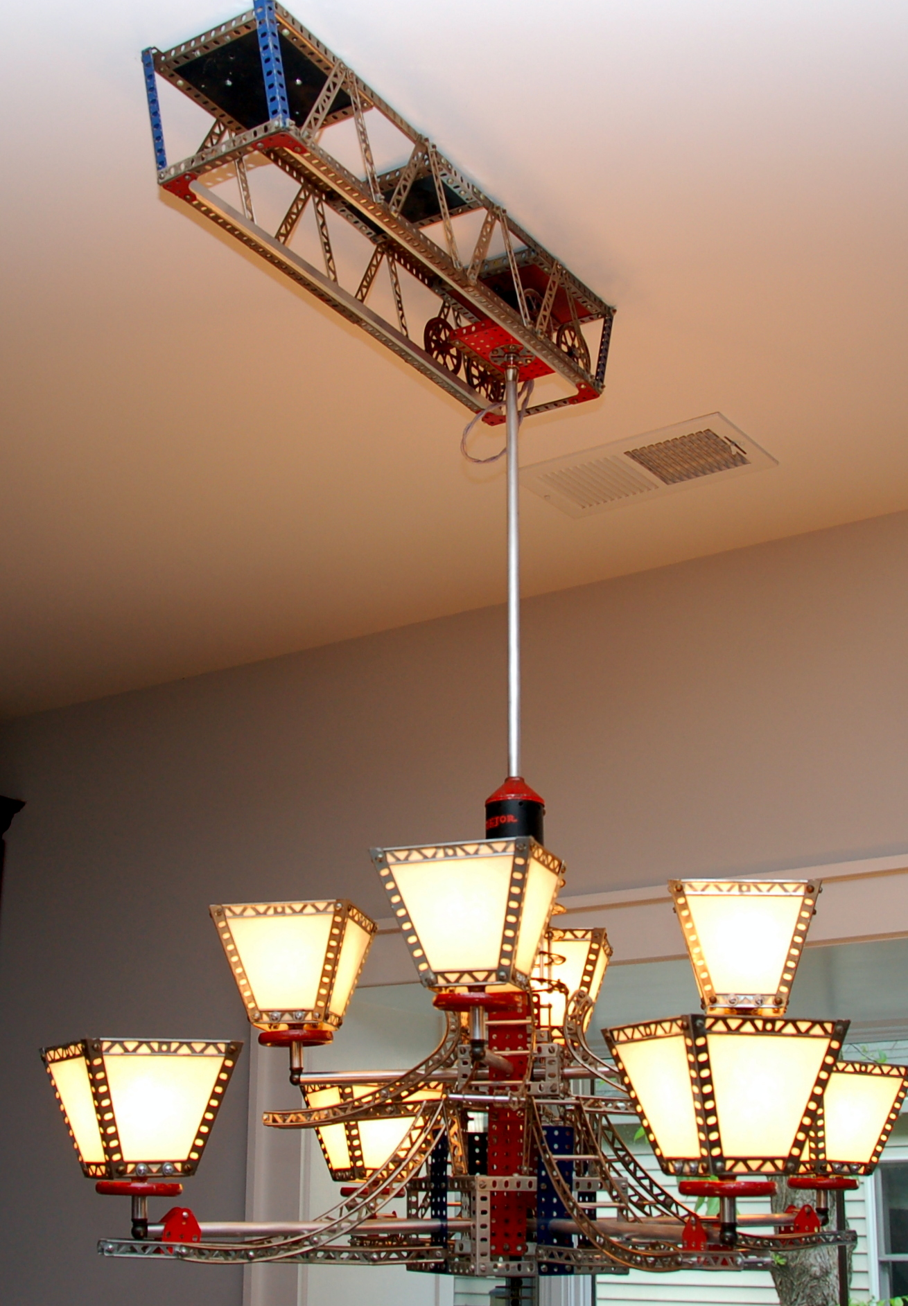 Erector Set Mobile Track Lamp