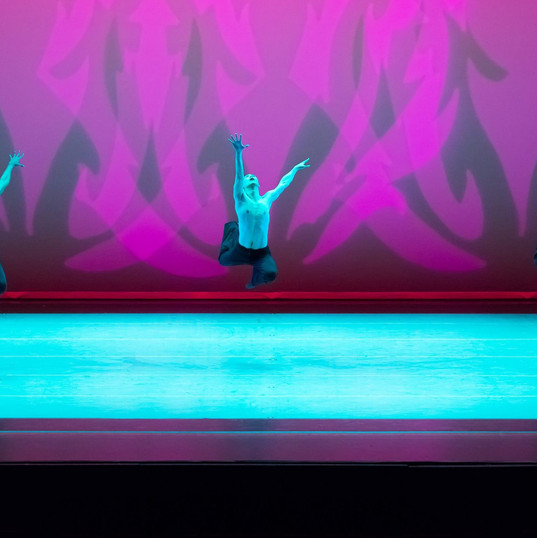 Revelations, Choreography by Alvin Ailey                           Photo by Eric Gray