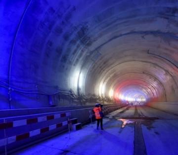 Tunnel Ceva Switzerland.jpg