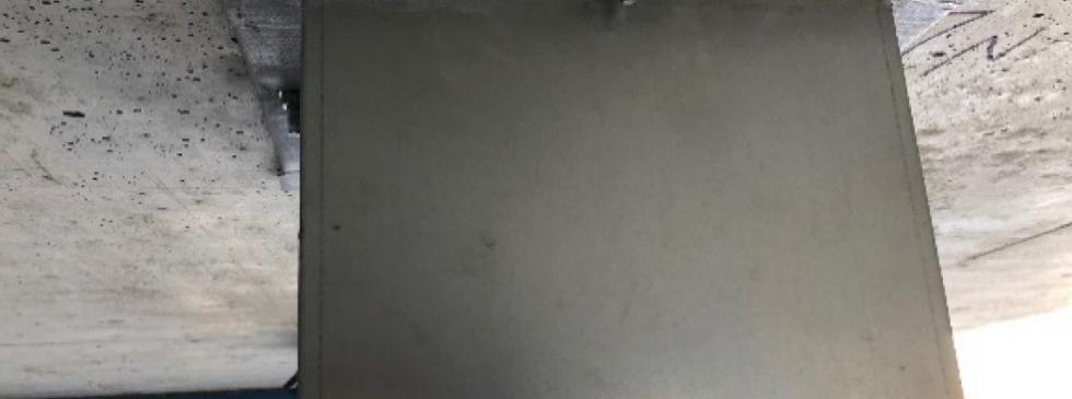 Boîtier coupe-feu pour protection de tiges et câbles de précontrainte