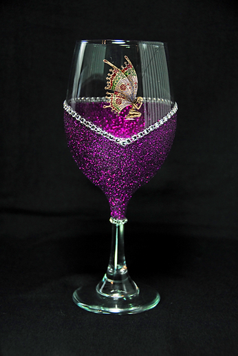 Pixie on Purple WB Glass-96.png
