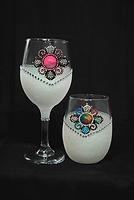 TS Universe-White WB Glass-150.png