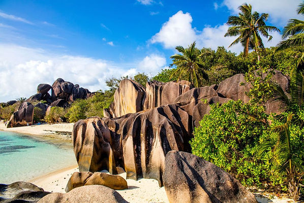 anse-source-dargent-la-digue-drittgroess