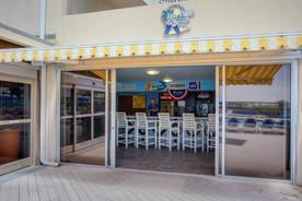 HI-Resort-Wrightsville-BAR-50.jpg