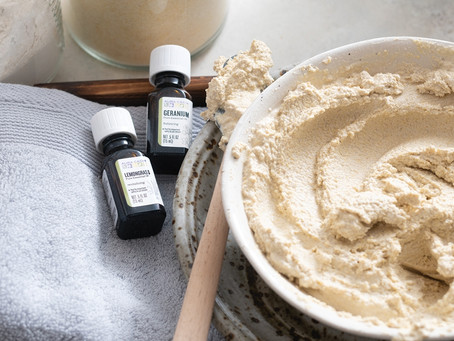 Clay Body Mask with Geranium Essential Oil