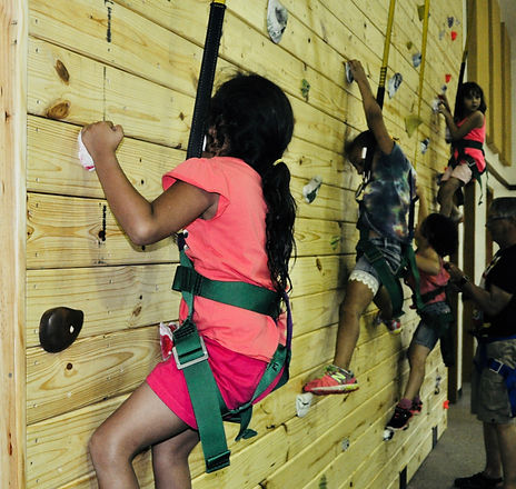 Rock-Wall-Lateral-Group_2018.jpg