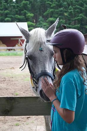 Grad-Horse-Girl_2020.jpg