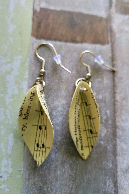 Hymn Feather Earrings