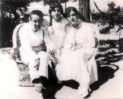 1919. Primera foto juntos