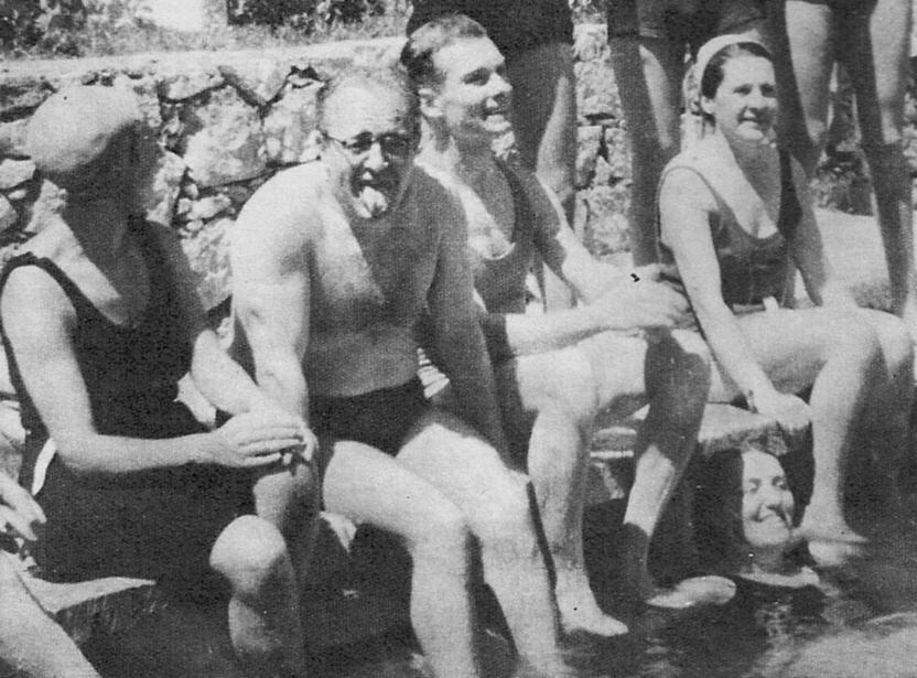 1945. La Cabrera