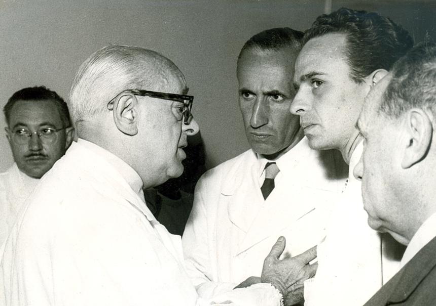 1957. FJD