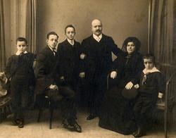 1911. Familia Jiménez Díaz