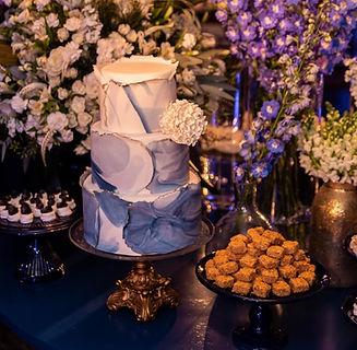 Bolo de Casamento Branco e Azul.jpg