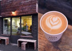 Cum arata cel mai mic coffee shop din Bucuresti. Doi barista cu experienta internationala vand aici