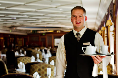 AZA_Ship_Portrait_Waiter_enCA.jpg