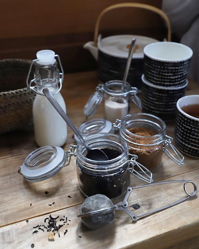 Low waste tea and coffee selection