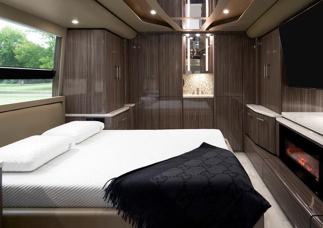 Casella Prevost Tour Bus 03 Small.jpg