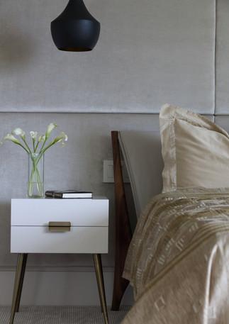 Master Bed Detail No Light.JPG