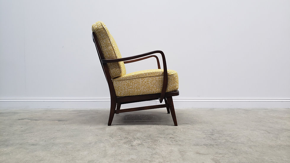 1940 Retro Lounger in Yellow - Ivory Upholstery