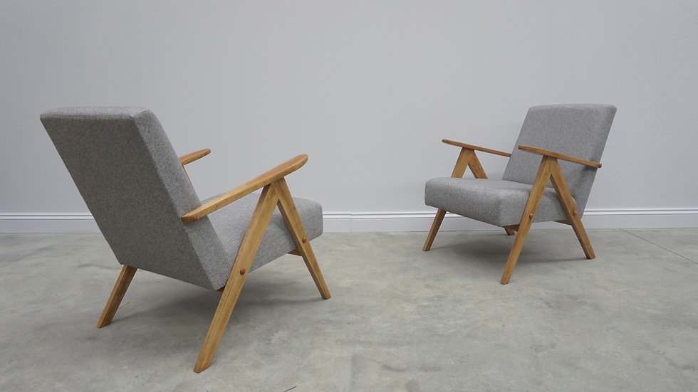 Model B 310 Var Mid Century Easy Chairs in Light Grey Tweed, 1960 vintage