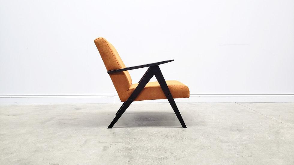 1960 Model B 310 Var Mid Century Easy Chair in Rusty Orange Upholstery