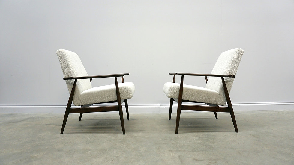 1960 Henryk Lis Mid Century Armchair in Neutral Bouclé Fabric, 1 of 2