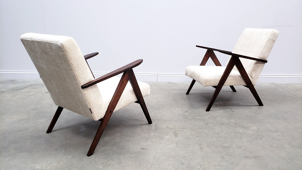 Mid Century Easy Chair Model B - 310 Var in Ivory